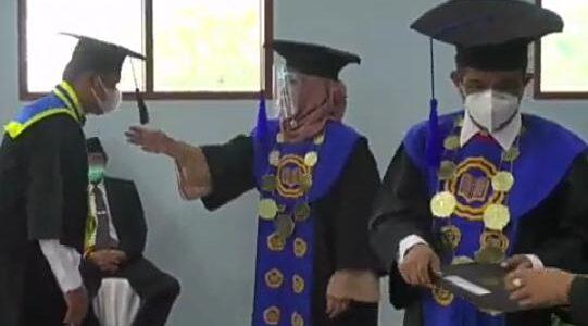 UNIVERSITAS GUNUNGKIDUL[UGK] MEWISUDA 41 MAHASISWA DI TAHUN 2021